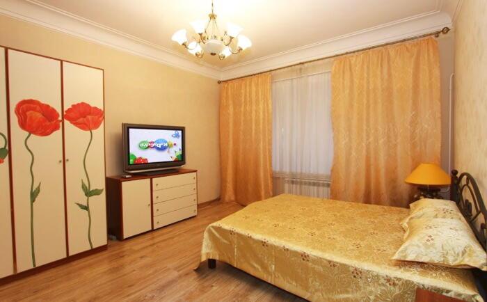 1-комнатная на ночь в Чите ,адрес ленинградская 54