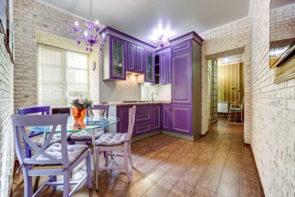 снять квартиру посуточно в Чите богомягкова 24.цена от 1500 рублей в сутки